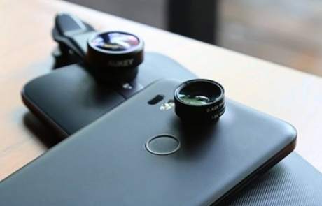AUKEY Optic Pro 3-in-1 Smartphone Lens Set Review   Home Tech Scoop